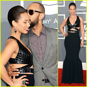 alicia-keys-swizz-beatz-grammys-2013-red-carpet